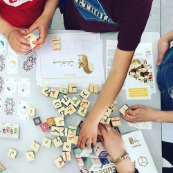 ARABICUBES, cubes d'alphabet arabe - Daradam